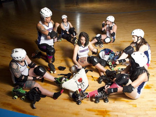 SKATE WITH A ROLLERGIRL