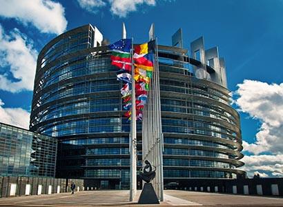 España, el país de entre los grandes de la UE con el menor programa de avales públicos