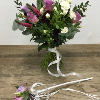 Bridal bouquet with wand