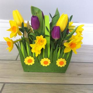 Spring felt basket