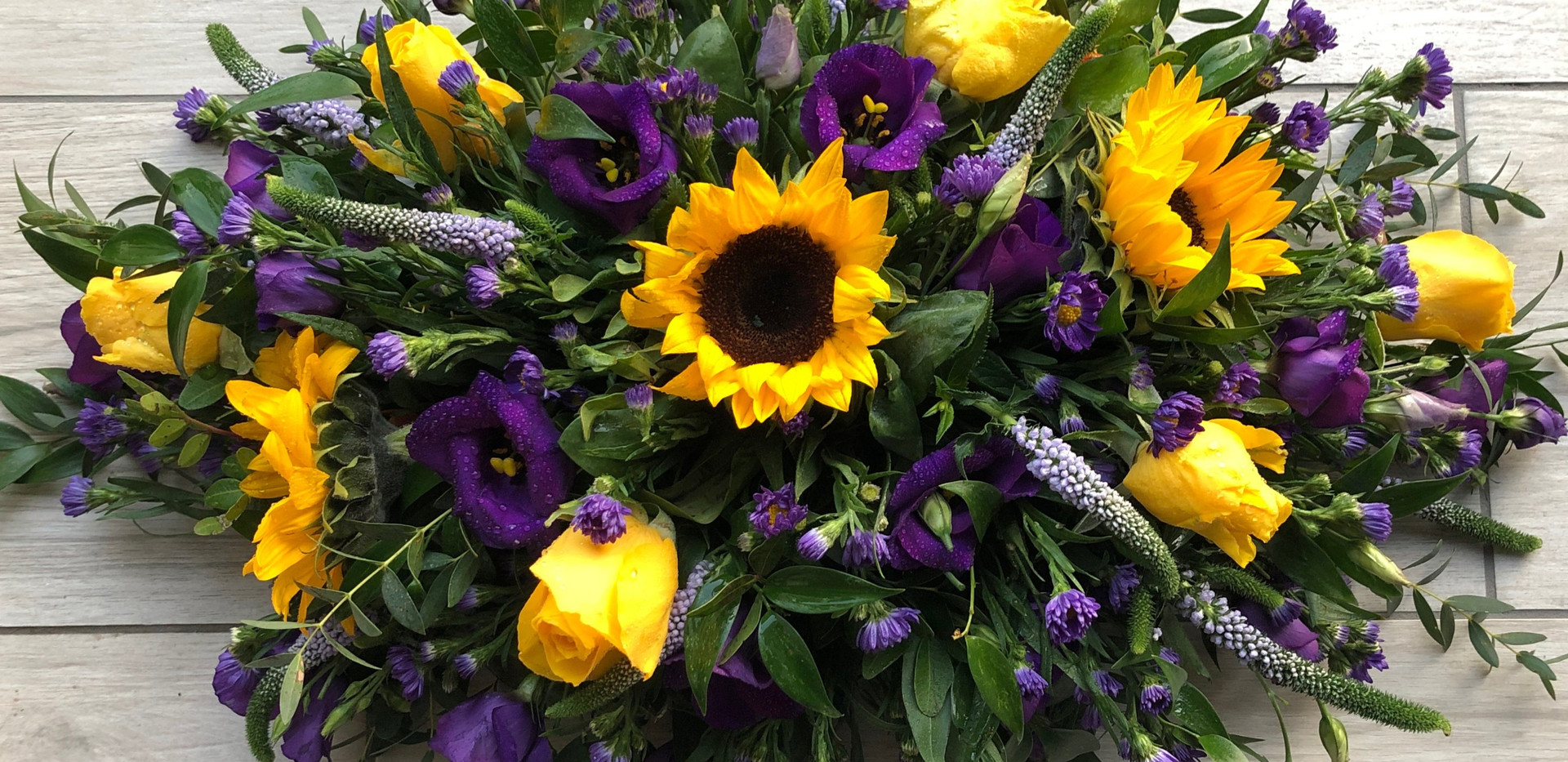 Funeral%20double%20ended%20sunflower_edi