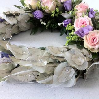 Bridal horseshoe with honesty leaves