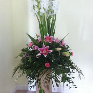 Pedestal design