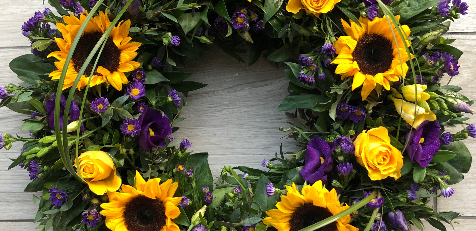 Sunflower wreath with beargrass.JPG