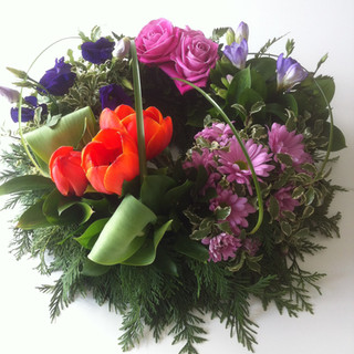 Grouped colours wreath