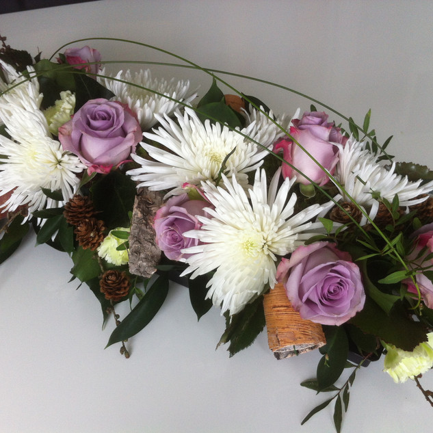 Blooms and roses table design
