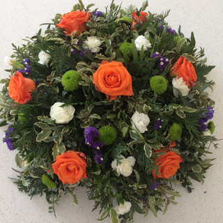Orange roses posy pad