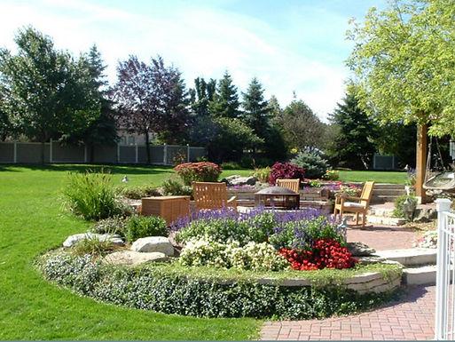 Plantings & Gardens