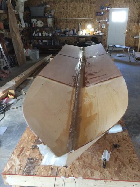 Skiff hull shape