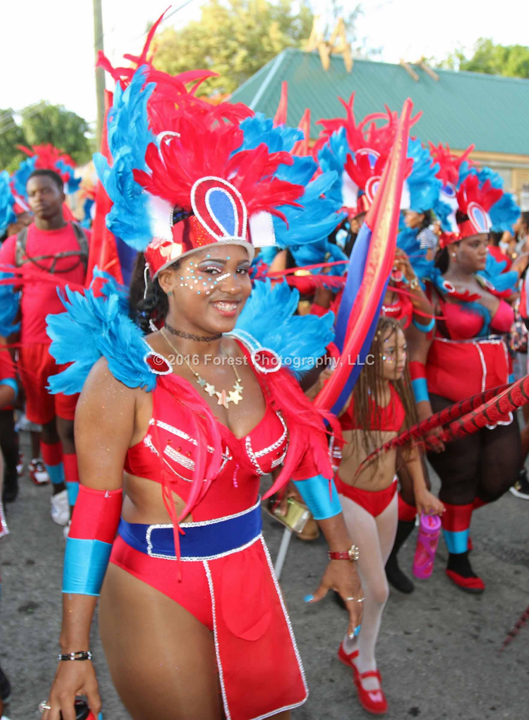 carnival_last_lap705
