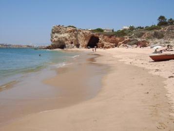4) Praia do Pintadinho