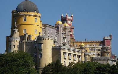 Explore Lisbon and Sintra
