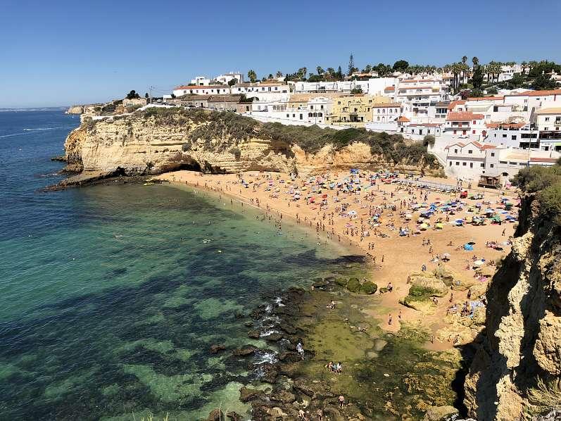 16) Praia do Carvoeiro