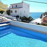 Pac4Portugal Casa Caravela Pool.jpg