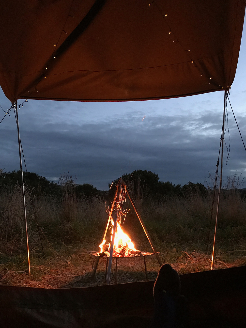 There is nothing better than winding down infront of the campfire. We absolutely love it when guests add their own special touches with fairy lights, bunting etc!