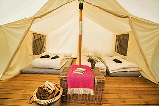 Top_of_the_Woods_Camping_%26_Glamping_Ho