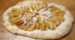 Uuni Apple Pizza.jpg