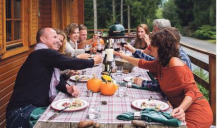Big-Green-Egg-Outdoor-Dining.jpg