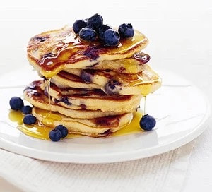Ann's Yummy American Blueberry Pancakes