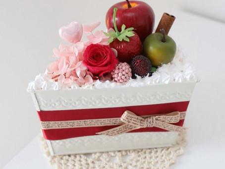 8月2日(月)キッズ講座  プリザーブドフラワーで麦わら帽子orショートケーキアレンジ