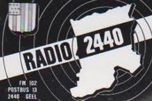 """De eerste """"Radio 2440"""" sticker"""