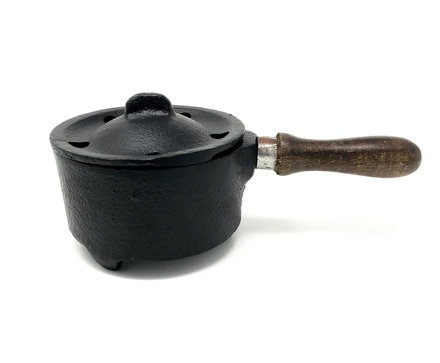 """Cast Iron Couldron with Wooden Handle 5"""" (Pan)"""