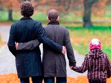 Four Dads es la primera serie gay de Disney