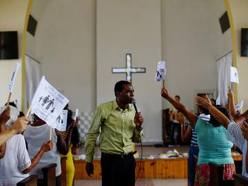 Religiosos reprochan al presidente de Cuba su apoyo al matrimonio igualitario