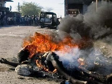 Gay es quemado vivo por musulmanes