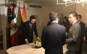 1er boda gay en representación diplomática de México en el exterior