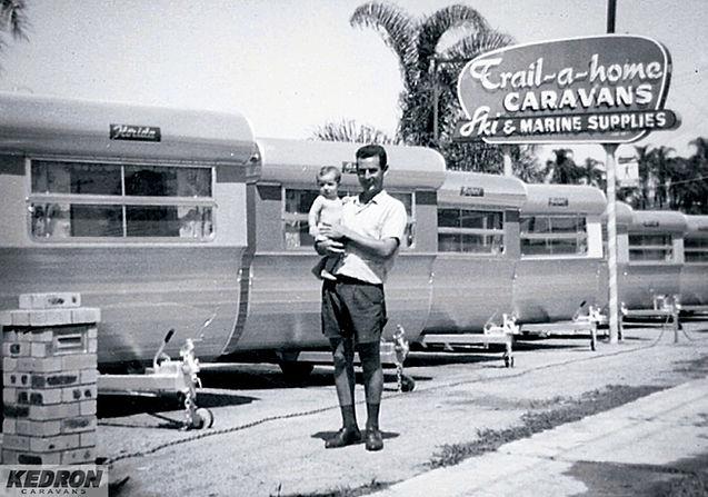 Barry_&_David_Gall_1963_-_KEDRON_display