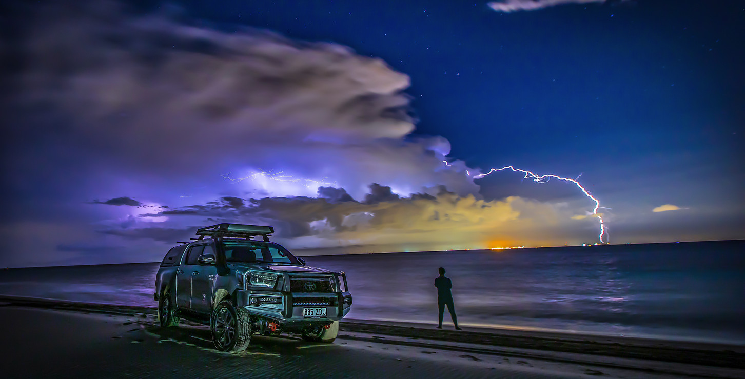 Toyota Hilux - approaching storm cell - image Glen Gall ©️