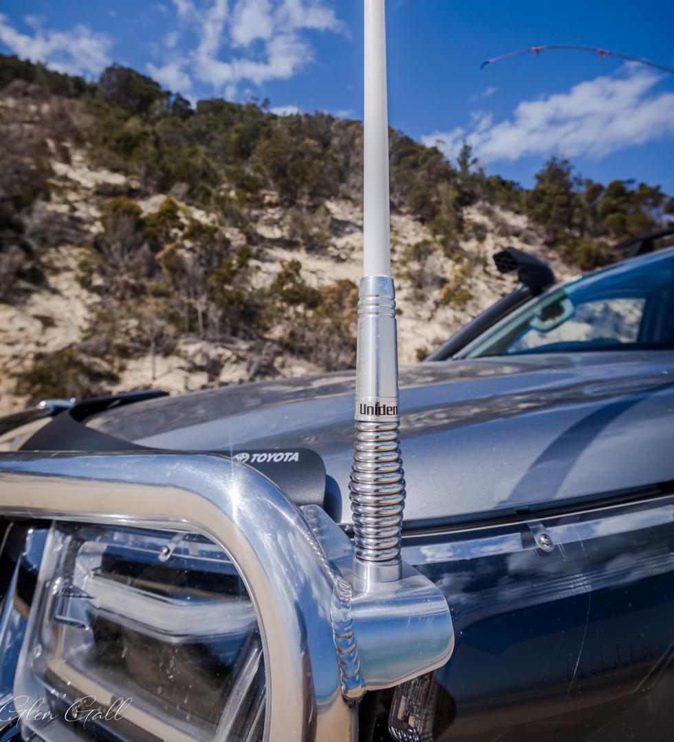 Toyota Genuine fitment Uniden UHF antenna