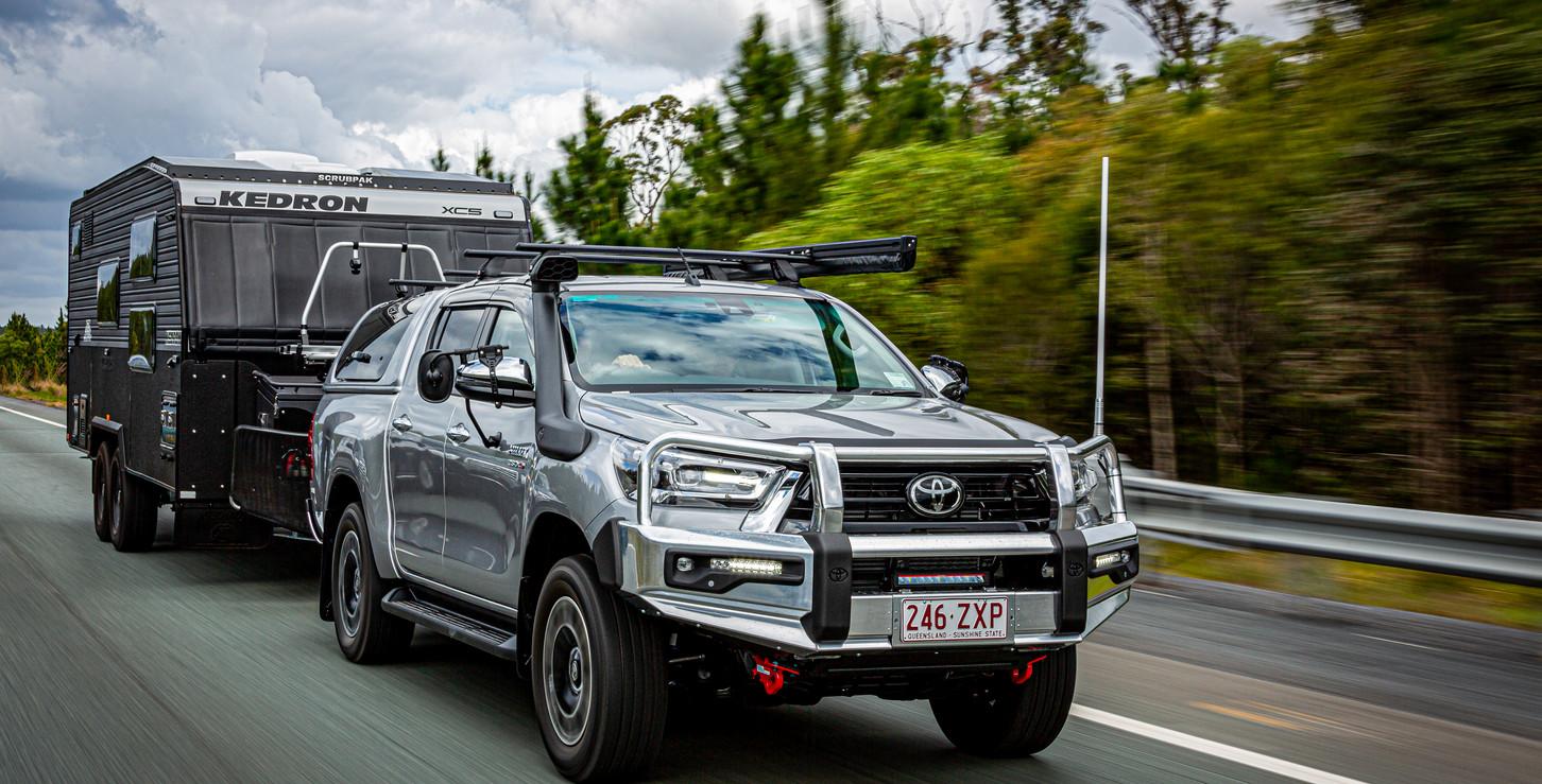 Toyota Hilux highway towing - KEDRON SCRUBPAK®  - KEDRON Caravans - image Glen Gall ©️