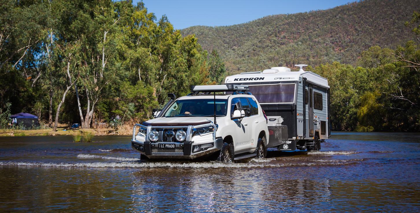 Toyota Prado towing KEDRON Compact -  - KEDRON Caravans - image Glen Gall ©️