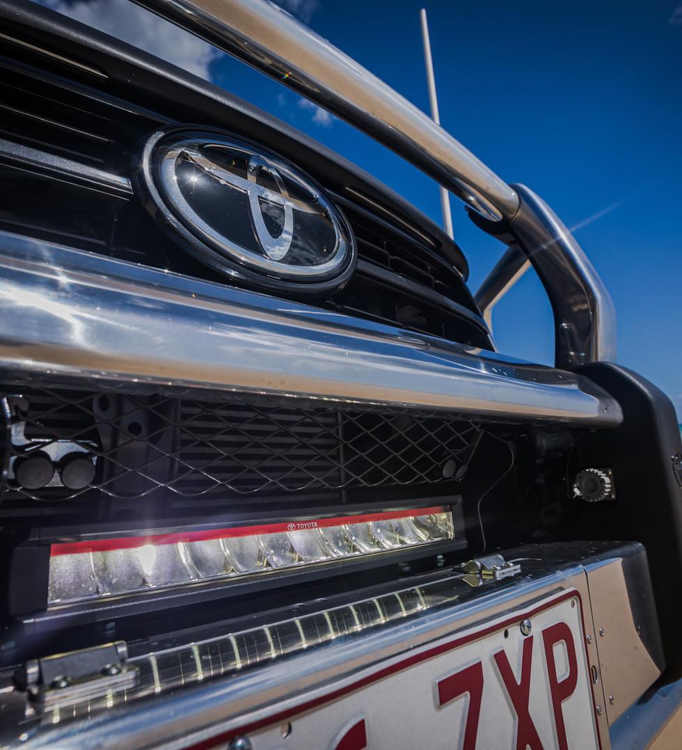 Toyota Genuine LED light bar
