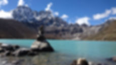 kern-goko-lake-and-machhermo-peak-behind