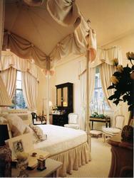 canopy bed.jpg