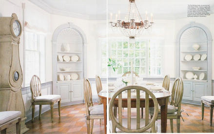 Features-crcle chair-ArchDigest.jpg