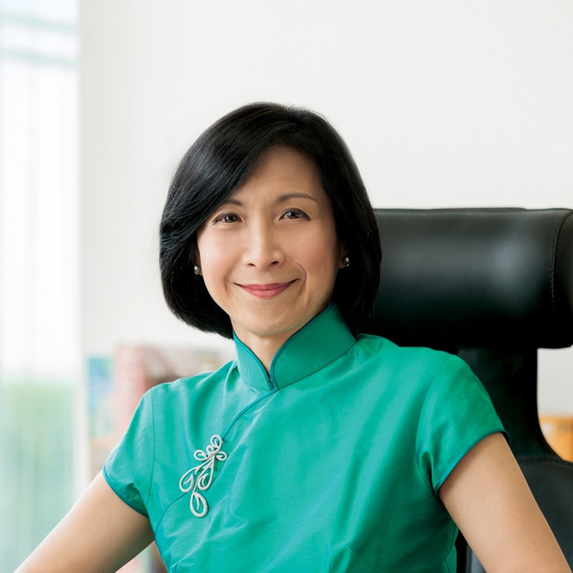 Ms Chew Gek Khim, a lawyer by training, has been with Tecity Group since 1987.  She is currently the Executive Chairman and CEO of the Group.     Ms Chew is also Chairman of The Straits Trading Company Limited (STC), which is 70.1% controlled by the Tecity Group.   She is also the Chairman of ARA Trust Management (Suntec) Limited and sits on the board of Singapore Exchange Limited.    Ms Chew serves as the Deputy Chairman of the Tan Chin Tuan Foundation in Singapore.  Active in community and public service, she is a Member of the Securities Industry Council of Singapore and Board of Governors of S. Rajaratnam School of International Studies.    Ms Chew graduated from the National University of Singapore in 1984.  She was awarded the Chevalier de l'Ordre National du Mérite in 2010, the Singapore Businessman of the Year 2014 in 2015, and the Meritorious Service Medal at the National Day Awards in 2016.