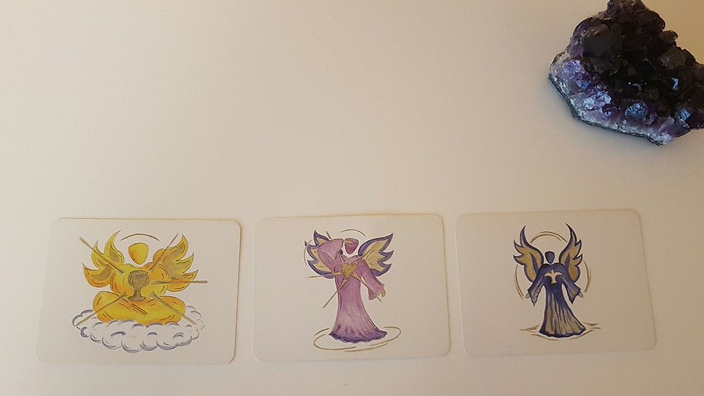 Wähle aus den drei Engelskarten intuitiv den für dich passenden und lade seine Engelenergie für die nächste Woche in dein Leben ein.