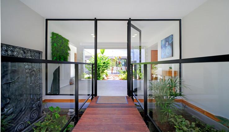 003_entree_10-so-lounge-alpha-location-s