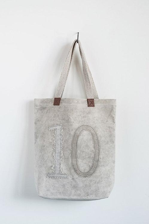 """""""10"""" Tote"""
