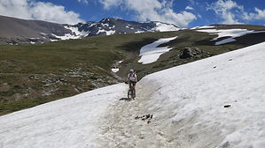 Mountainbike, snow, snowbiking in Sierra Nevada