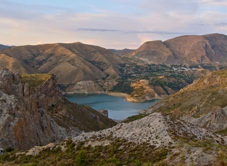 Trivago publica en la revista Checkin Güéjar Sierra como Escapadas rurales al mejor precio
