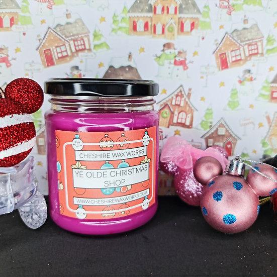 Ye Olde Christmas Shop Candle