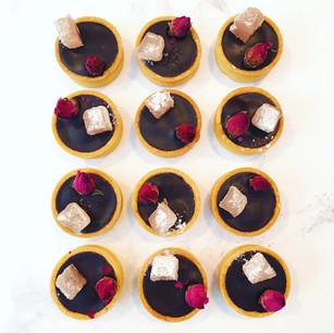Chocolate Hazlenut Tarts with Turkish Delight