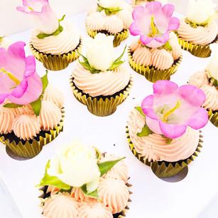 Peach Floral Cupcakes
