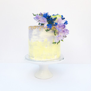 Lemon & Lilac Textured Watercolour cake