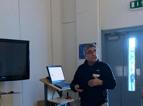 Santiago_Ferrándiz_Bou_presenting_at_the